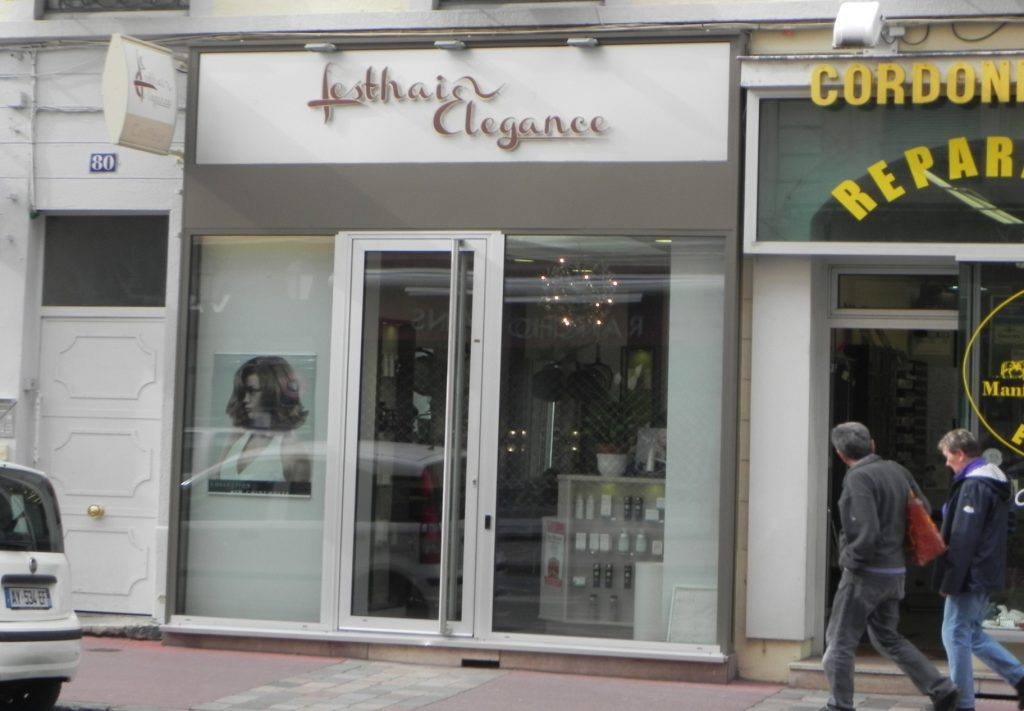 Contact salon lesthair for Le petit salon lyon coiffeur